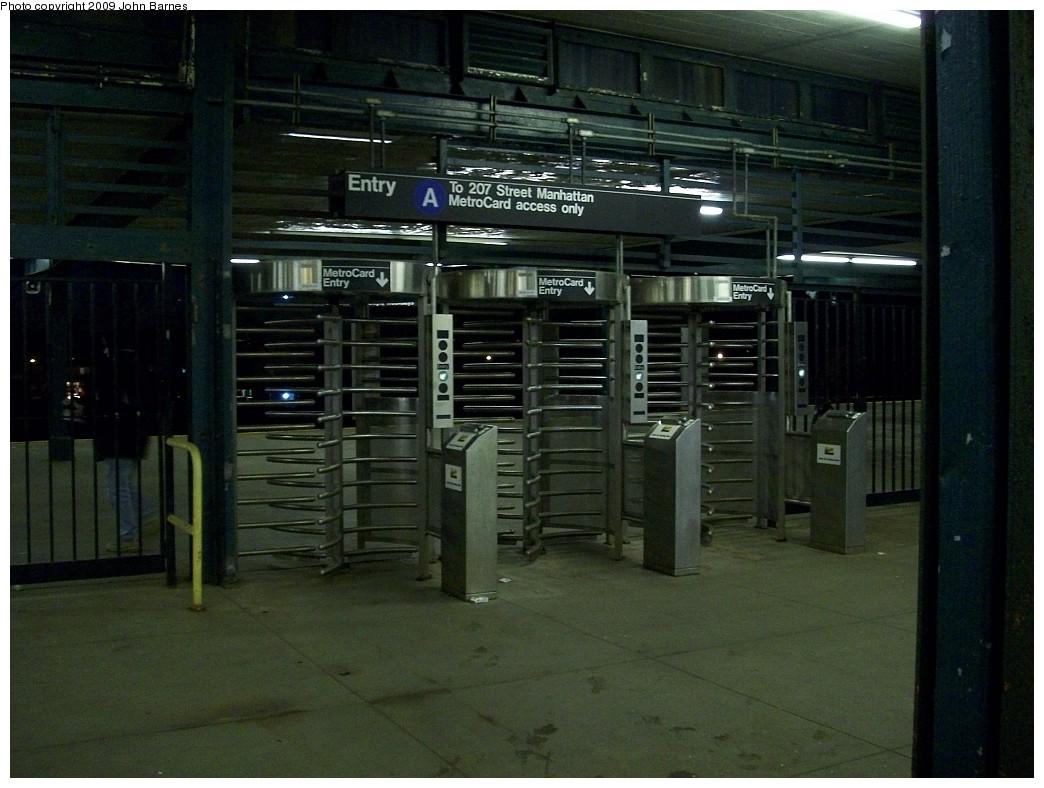 (205k, 1044x788)<br><b>Country:</b> United States<br><b>City:</b> New York<br><b>System:</b> New York City Transit<br><b>Line:</b> IND Rockaway<br><b>Location:</b> Aqueduct Racetrack <br><b>Photo by:</b> John Barnes<br><b>Date:</b> 12/13/2008<br><b>Notes:</b> HEET gates at station entrance.<br><b>Viewed (this week/total):</b> 0 / 2933