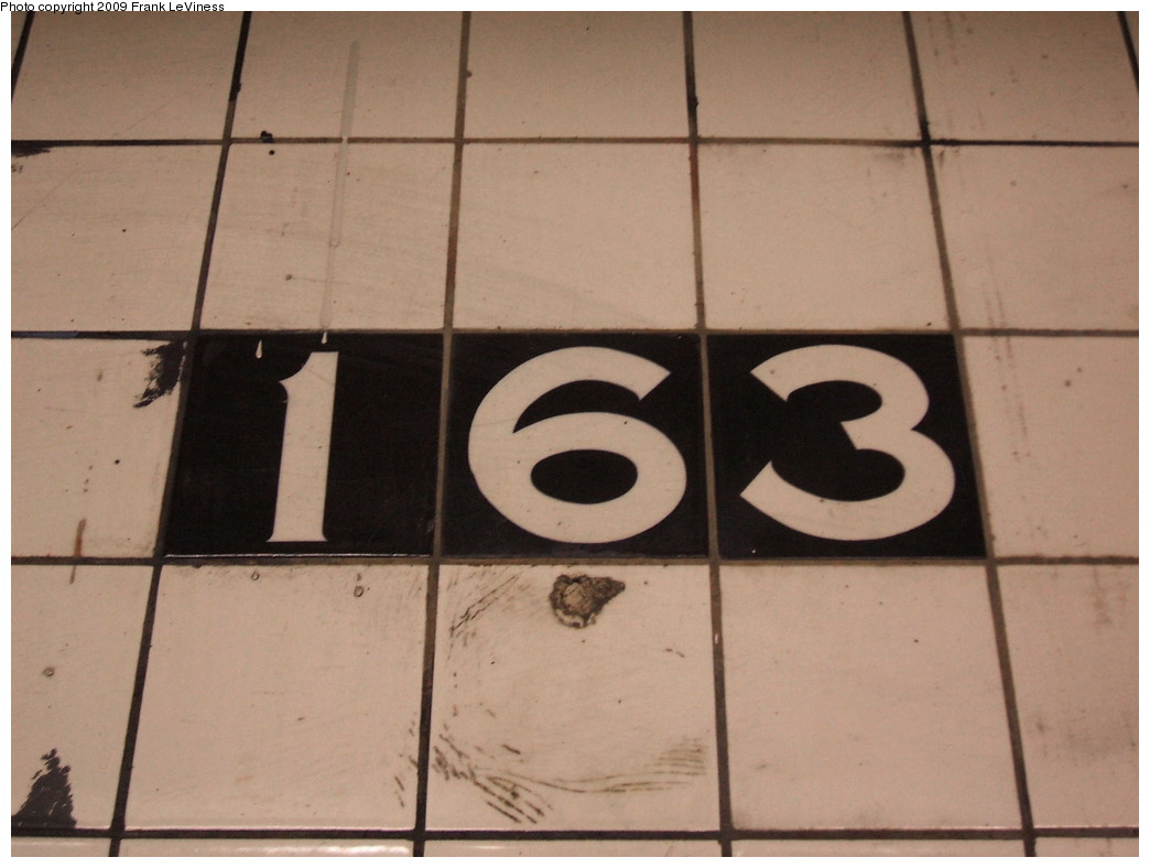 (150k, 1044x788)<br><b>Country:</b> United States<br><b>City:</b> New York<br><b>System:</b> New York City Transit<br><b>Line:</b> IND 8th Avenue Line<br><b>Location:</b> 163rd Street/Amsterdam Avenue <br><b>Photo by:</b> Frank LeViness<br><b>Date:</b> 12/23/2008<br><b>Notes:</b> IND small number tablet.<br><b>Viewed (this week/total):</b> 5 / 1146