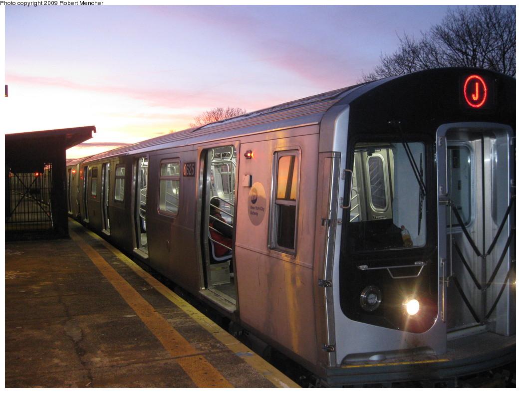 (213k, 1044x788)<br><b>Country:</b> United States<br><b>City:</b> New York<br><b>System:</b> New York City Transit<br><b>Line:</b> BMT Nassau Street/Jamaica Line<br><b>Location:</b> Cypress Hills <br><b>Route:</b> J<br><b>Car:</b> R-160A-1 (Alstom, 2005-2008, 4 car sets)  8625 <br><b>Photo by:</b> Robert Mencher<br><b>Date:</b> 1/4/2009<br><b>Viewed (this week/total):</b> 0 / 1700