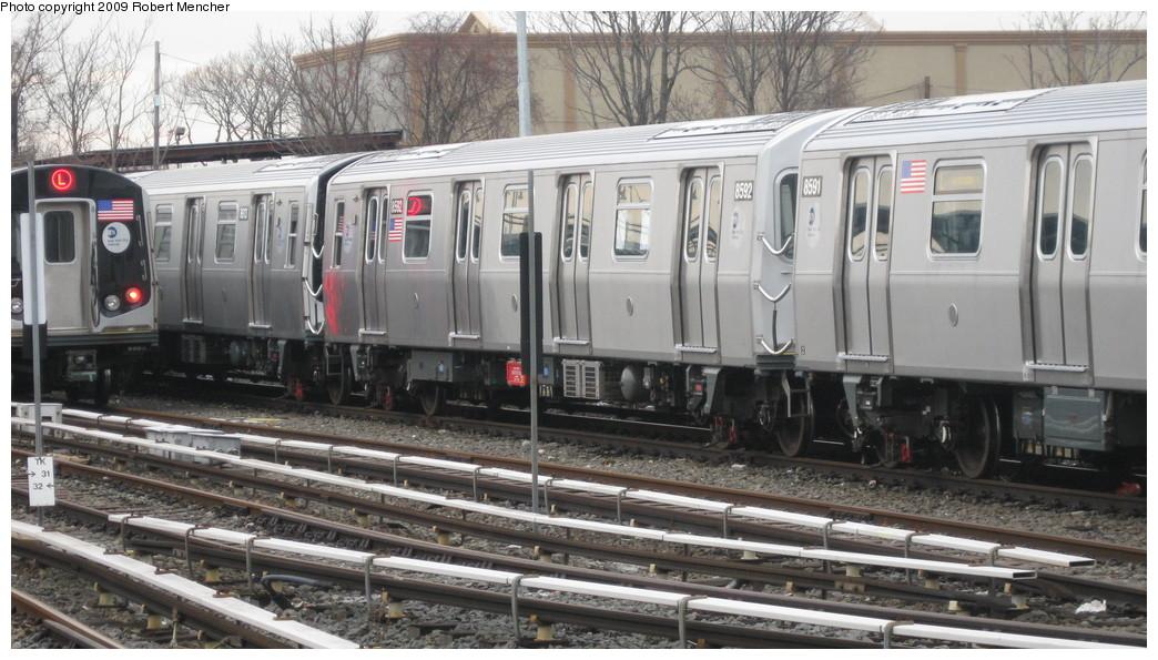 (208k, 1044x595)<br><b>Country:</b> United States<br><b>City:</b> New York<br><b>System:</b> New York City Transit<br><b>Location:</b> East New York Yard/Shops<br><b>Car:</b> R-160A-1 (Alstom, 2005-2008, 4 car sets)  8592 <br><b>Photo by:</b> Robert Mencher<br><b>Date:</b> 1/5/2009<br><b>Viewed (this week/total):</b> 0 / 1224