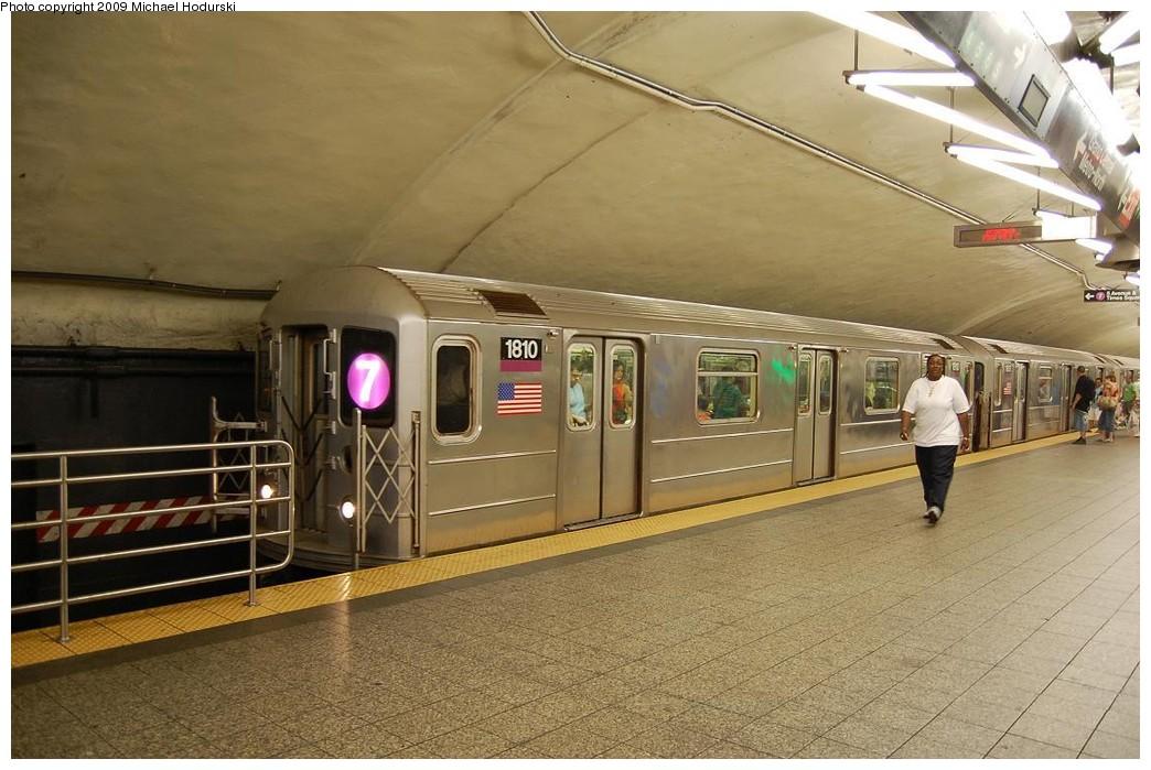 (226k, 1044x699)<br><b>Country:</b> United States<br><b>City:</b> New York<br><b>System:</b> New York City Transit<br><b>Line:</b> IRT Flushing Line<br><b>Location:</b> Grand Central <br><b>Route:</b> 7<br><b>Car:</b> R-62A (Bombardier, 1984-1987)  1810 <br><b>Photo by:</b> Michael Hodurski<br><b>Date:</b> 8/1/2008<br><b>Viewed (this week/total):</b> 2 / 1486