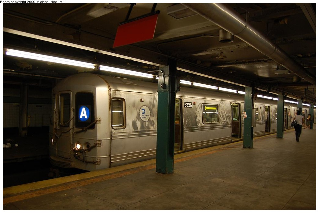 (184k, 1044x699)<br><b>Country:</b> United States<br><b>City:</b> New York<br><b>System:</b> New York City Transit<br><b>Line:</b> IND Fulton Street Line<br><b>Location:</b> Hoyt-Schermerhorn Street <br><b>Route:</b> A<br><b>Car:</b> R-44 (St. Louis, 1971-73) 5326 <br><b>Photo by:</b> Michael Hodurski<br><b>Date:</b> 8/1/2008<br><b>Viewed (this week/total):</b> 3 / 1717