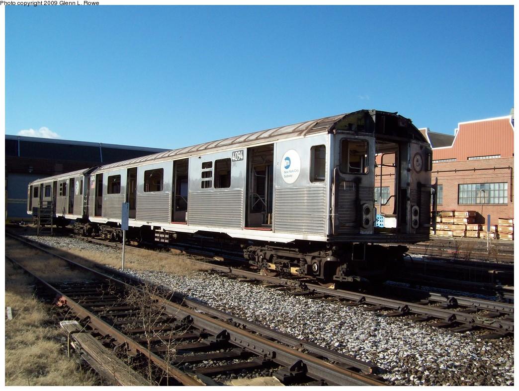 (267k, 1044x788)<br><b>Country:</b> United States<br><b>City:</b> New York<br><b>System:</b> New York City Transit<br><b>Location:</b> 207th Street Yard<br><b>Car:</b> R-38 (St. Louis, 1966-1967)  4094 <br><b>Photo by:</b> Glenn L. Rowe<br><b>Date:</b> 1/9/2009<br><b>Notes:</b> Scrap<br><b>Viewed (this week/total):</b> 0 / 1165