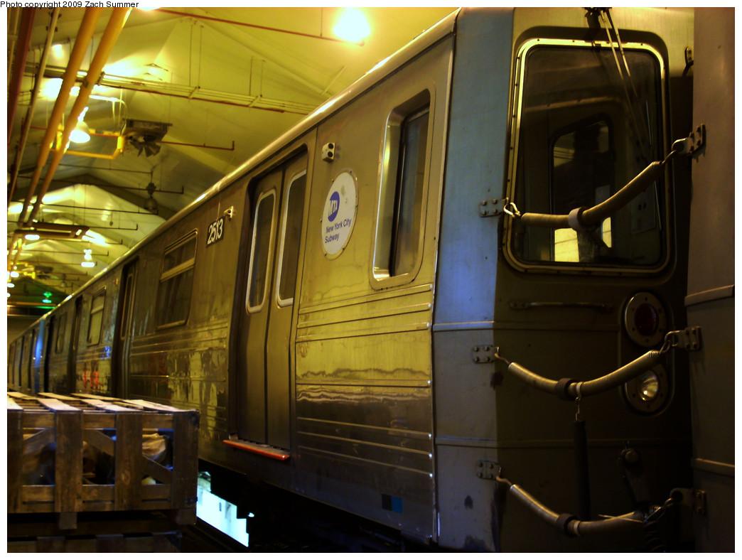(250k, 1044x788)<br><b>Country:</b> United States<br><b>City:</b> New York<br><b>System:</b> New York City Transit<br><b>Location:</b> Coney Island Shop/Overhaul & Repair Shop<br><b>Car:</b> R-68 (Westinghouse-Amrail, 1986-1988)  2513 <br><b>Photo by:</b> Zach Summer<br><b>Date:</b> 12/27/2008<br><b>Viewed (this week/total):</b> 0 / 1071