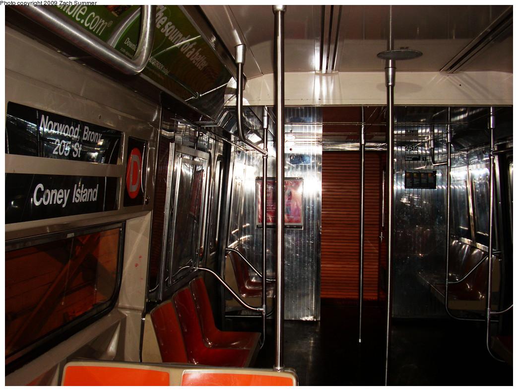 (286k, 1044x788)<br><b>Country:</b> United States<br><b>City:</b> New York<br><b>System:</b> New York City Transit<br><b>Location:</b> Coney Island Shop/Overhaul & Repair Shop<br><b>Car:</b> R-68 (Westinghouse-Amrail, 1986-1988)  2512 <br><b>Photo by:</b> Zach Summer<br><b>Date:</b> 12/27/2008<br><b>Viewed (this week/total):</b> 0 / 1906