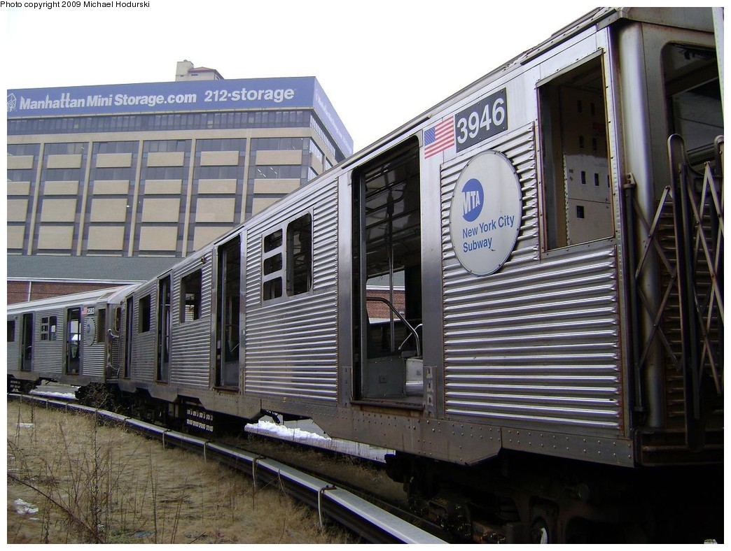 (247k, 1044x788)<br><b>Country:</b> United States<br><b>City:</b> New York<br><b>System:</b> New York City Transit<br><b>Location:</b> 207th Street Yard<br><b>Car:</b> R-32 (Budd, 1964)  3946 <br><b>Photo by:</b> Michael Hodurski<br><b>Date:</b> 12/27/2008<br><b>Notes:</b> Scrap<br><b>Viewed (this week/total):</b> 2 / 1454