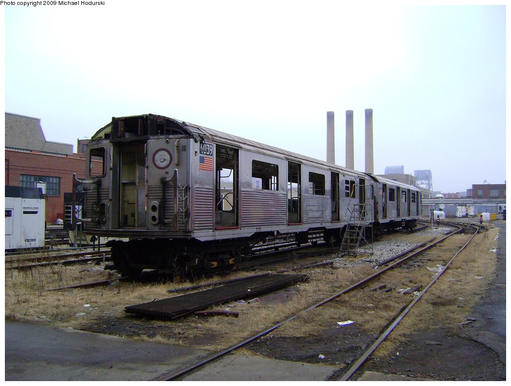 (217k, 1044x788)<br><b>Country:</b> United States<br><b>City:</b> New York<br><b>System:</b> New York City Transit<br><b>Location:</b> 207th Street Yard<br><b>Car:</b> R-38 (St. Louis, 1966-1967)  4039 <br><b>Photo by:</b> Michael Hodurski<br><b>Date:</b> 12/27/2008<br><b>Notes:</b> Scrap<br><b>Viewed (this week/total):</b> 2 / 1174