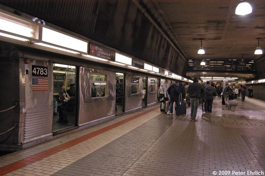 (231k, 930x618)<br><b>Country:</b> United States<br><b>City:</b> New York<br><b>System:</b> New York City Transit<br><b>Line:</b> IND Queens Boulevard Line<br><b>Location:</b> Sutphin Blvd.-Archer Ave./JFK <br><b>Route:</b> E<br><b>Car:</b> R-42 (St. Louis, 1969-1970)  4783 <br><b>Photo by:</b> Peter Ehrlich<br><b>Date:</b> 1/7/2009<br><b>Notes:</b> Upper level, outbound.<br><b>Viewed (this week/total):</b> 3 / 1658