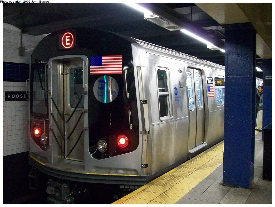 (247k, 1044x788)<br><b>Country:</b> United States<br><b>City:</b> New York<br><b>System:</b> New York City Transit<br><b>Line:</b> IND Queens Boulevard Line<br><b>Location:</b> Roosevelt Avenue <br><b>Route:</b> E testing<br><b>Car:</b> R-160A (Option 1) (Alstom, 2008-2009, 5 car sets)  9283 <br><b>Photo by:</b> John Barnes<br><b>Date:</b> 1/13/2009<br><b>Viewed (this week/total):</b> 2 / 2036