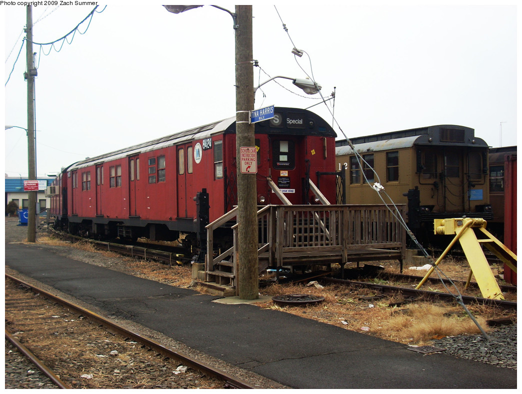 (280k, 1044x788)<br><b>Country:</b> United States<br><b>City:</b> New York<br><b>System:</b> New York City Transit<br><b>Location:</b> Coney Island Yard-Museum Yard<br><b>Car:</b> R-30 (St. Louis, 1961) 8424 <br><b>Photo by:</b> Zach Summer<br><b>Date:</b> 12/27/2008<br><b>Viewed (this week/total):</b> 5 / 1754