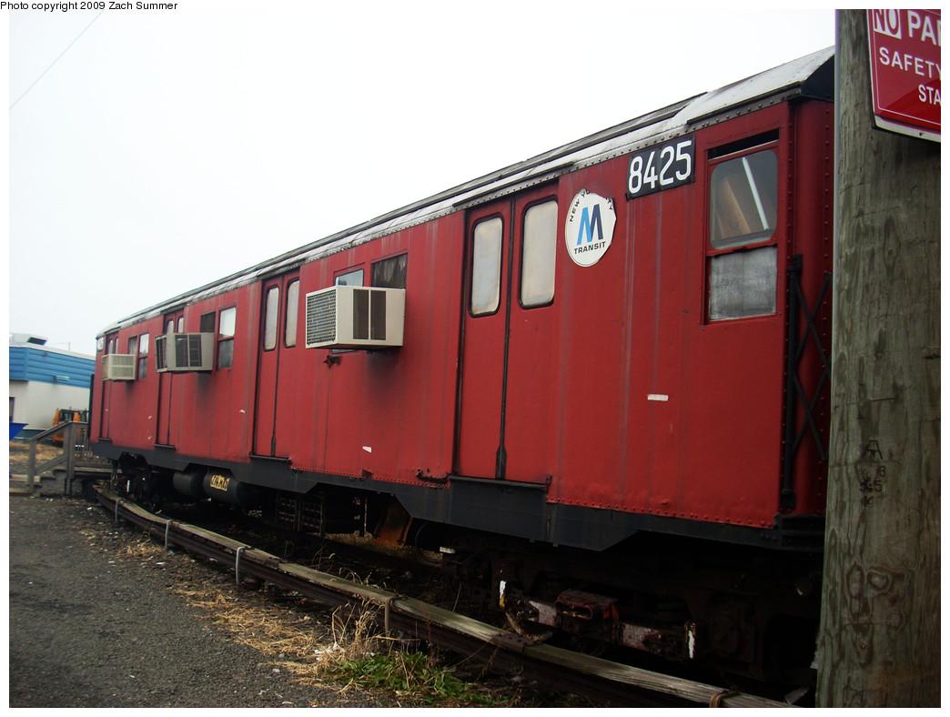 (231k, 1044x788)<br><b>Country:</b> United States<br><b>City:</b> New York<br><b>System:</b> New York City Transit<br><b>Location:</b> Coney Island Yard-Museum Yard<br><b>Car:</b> R-30 (St. Louis, 1961) 8425 <br><b>Photo by:</b> Zach Summer<br><b>Date:</b> 12/27/2008<br><b>Viewed (this week/total):</b> 1 / 1888