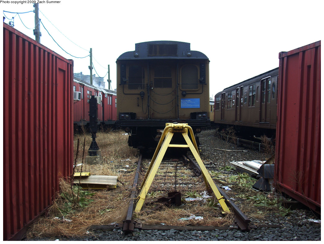 (284k, 1044x788)<br><b>Country:</b> United States<br><b>City:</b> New York<br><b>System:</b> New York City Transit<br><b>Location:</b> Coney Island Yard-Museum Yard<br><b>Car:</b> BMT D-Type Triplex 6112A <br><b>Photo by:</b> Zach Summer<br><b>Date:</b> 12/27/2008<br><b>Viewed (this week/total):</b> 0 / 1530