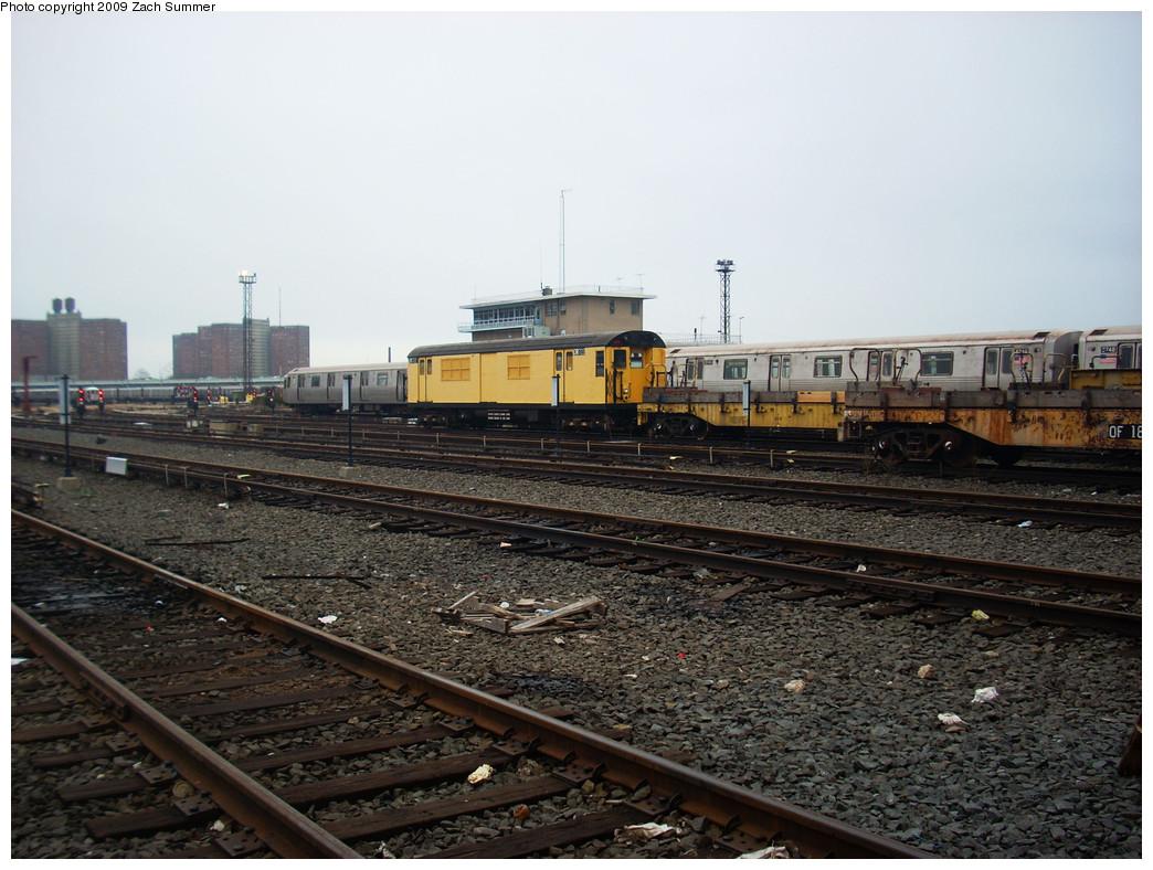 (268k, 1044x788)<br><b>Country:</b> United States<br><b>City:</b> New York<br><b>System:</b> New York City Transit<br><b>Location:</b> Coney Island Yard<br><b>Car:</b> R-95 Revenue Collector 0R722 (ex-7368)<br><b>Photo by:</b> Zach Summer<br><b>Date:</b> 12/27/2008<br><b>Viewed (this week/total):</b> 2 / 1161