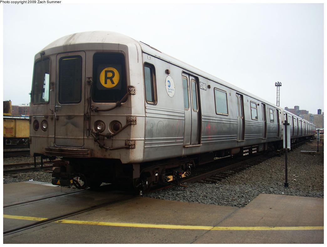 (226k, 1044x788)<br><b>Country:</b> United States<br><b>City:</b> New York<br><b>System:</b> New York City Transit<br><b>Location:</b> Coney Island Yard<br><b>Car:</b> R-46 (Pullman-Standard, 1974-75) 5748 <br><b>Photo by:</b> Zach Summer<br><b>Date:</b> 12/27/2008<br><b>Viewed (this week/total):</b> 0 / 1435