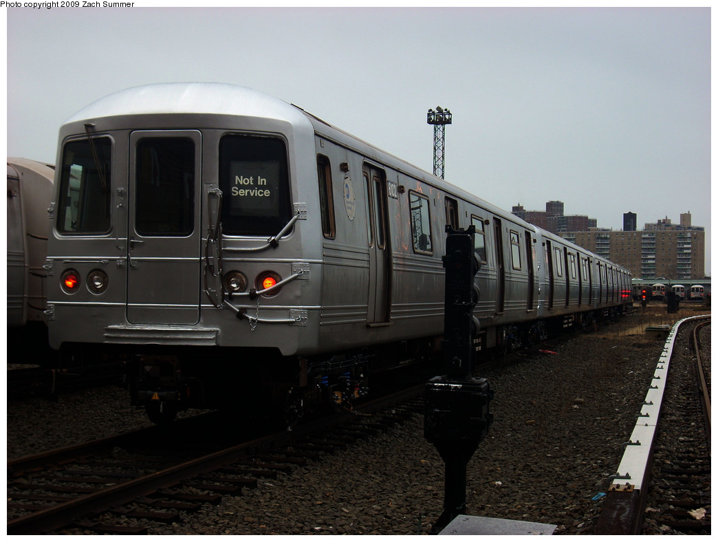 (218k, 1044x788)<br><b>Country:</b> United States<br><b>City:</b> New York<br><b>System:</b> New York City Transit<br><b>Location:</b> Coney Island Yard<br><b>Car:</b> R-46 (Pullman-Standard, 1974-75) 6102 <br><b>Photo by:</b> Zach Summer<br><b>Date:</b> 12/27/2008<br><b>Viewed (this week/total):</b> 0 / 1165