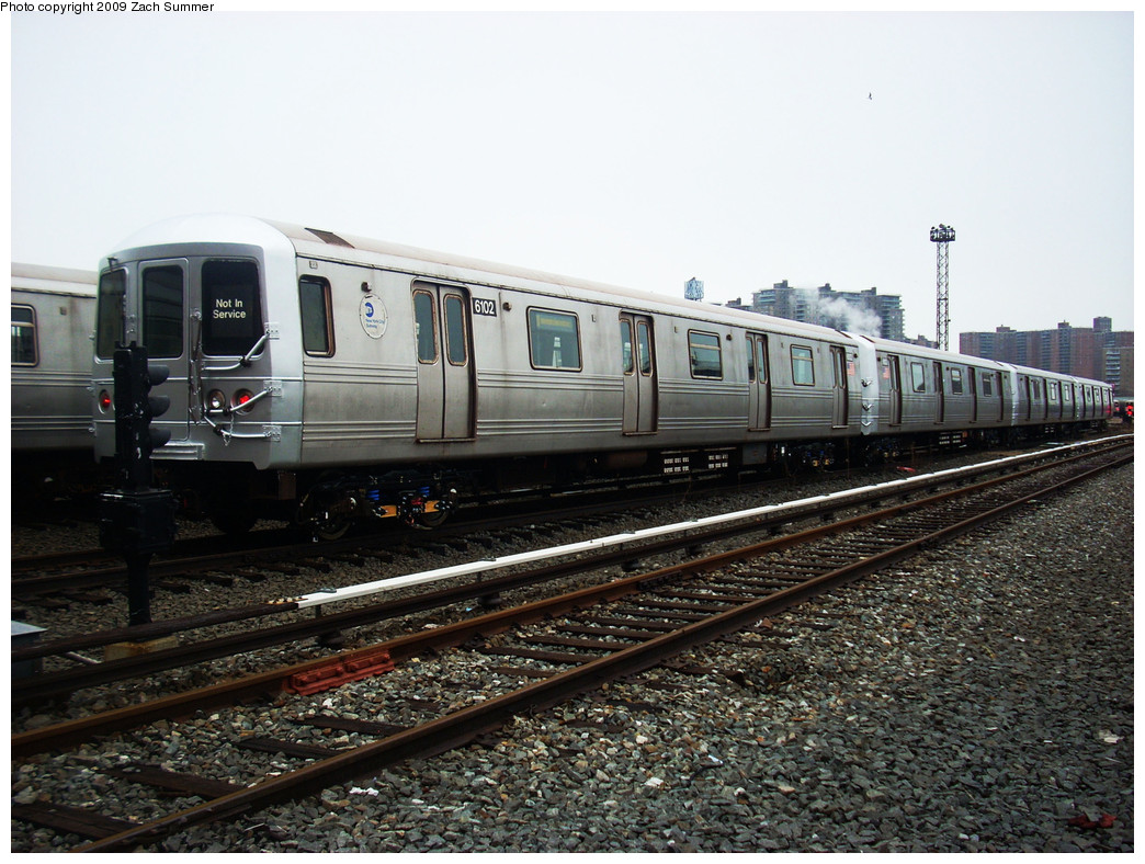 (288k, 1044x788)<br><b>Country:</b> United States<br><b>City:</b> New York<br><b>System:</b> New York City Transit<br><b>Location:</b> Coney Island Yard<br><b>Car:</b> R-46 (Pullman-Standard, 1974-75) 6102 <br><b>Photo by:</b> Zach Summer<br><b>Date:</b> 12/27/2008<br><b>Viewed (this week/total):</b> 0 / 985