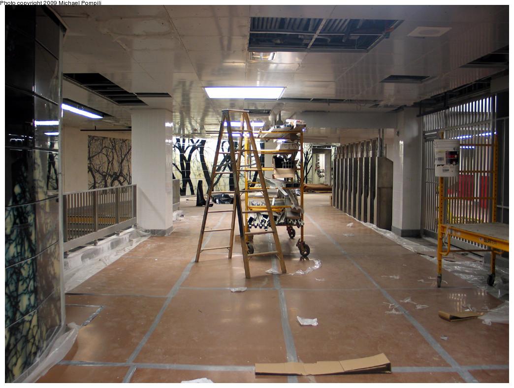 (269k, 1044x788)<br><b>Country:</b> United States<br><b>City:</b> New York<br><b>System:</b> New York City Transit<br><b>Line:</b> IRT West Side Line<br><b>Location:</b> South Ferry (New Station) <br><b>Photo by:</b> Michael Pompili<br><b>Date:</b> 12/14/2008<br><b>Viewed (this week/total):</b> 0 / 1857