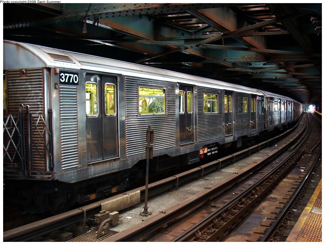 (324k, 1044x788)<br><b>Country:</b> United States<br><b>City:</b> New York<br><b>System:</b> New York City Transit<br><b>Line:</b> BMT Culver Line<br><b>Location:</b> West 8th Street <br><b>Route:</b> F<br><b>Car:</b> R-32 (Budd, 1964)  3770 <br><b>Photo by:</b> Zach Summer<br><b>Date:</b> 12/27/2008<br><b>Viewed (this week/total):</b> 1 / 1939