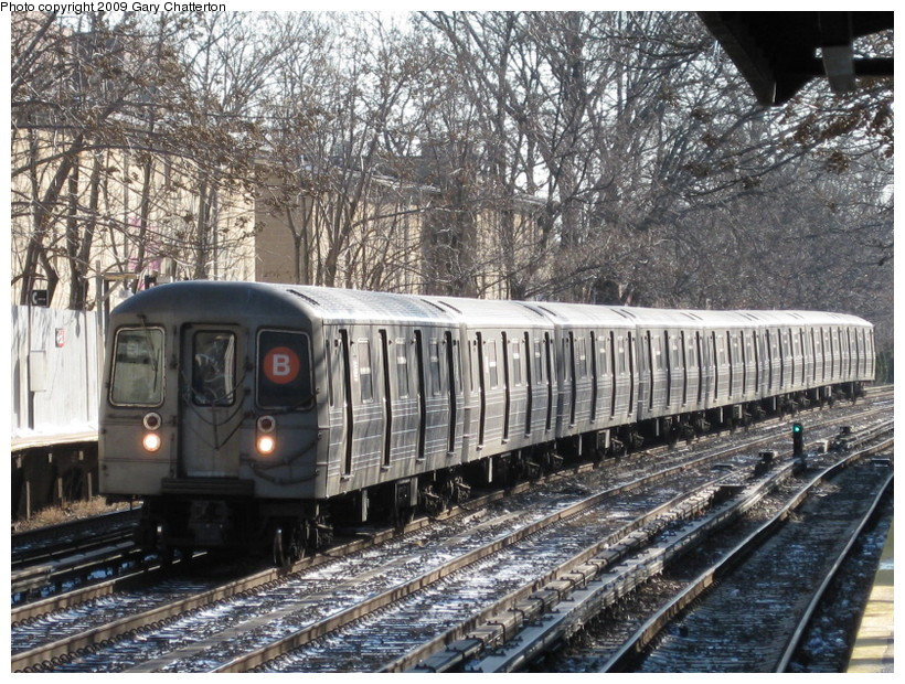 (222k, 820x620)<br><b>Country:</b> United States<br><b>City:</b> New York<br><b>System:</b> New York City Transit<br><b>Line:</b> BMT Brighton Line<br><b>Location:</b> Avenue H <br><b>Route:</b> B<br><b>Car:</b> R-68 (Westinghouse-Amrail, 1986-1988)  2846 <br><b>Photo by:</b> Gary Chatterton<br><b>Date:</b> 1/12/2009<br><b>Viewed (this week/total):</b> 0 / 1498