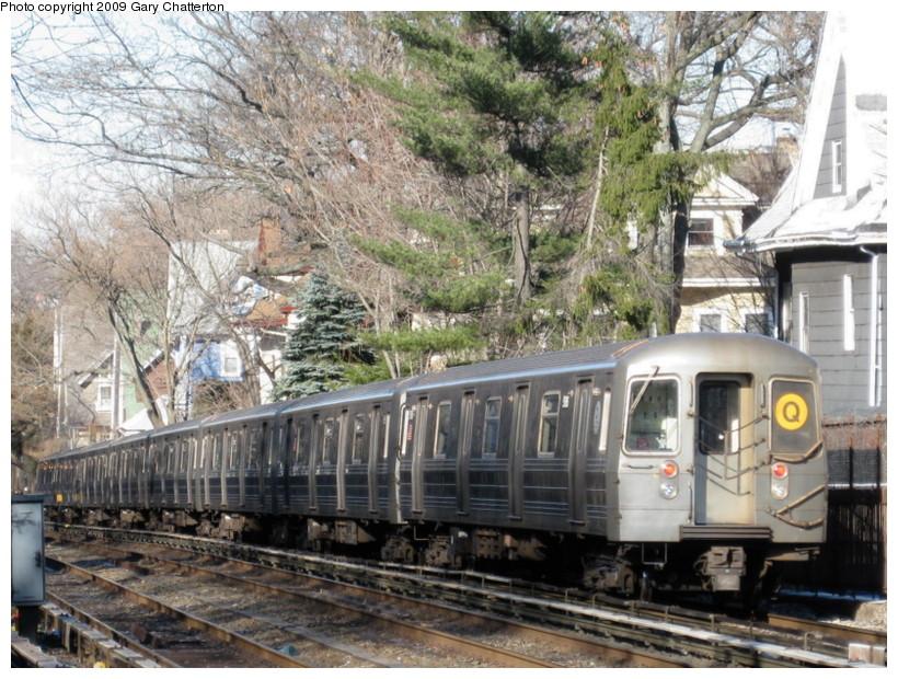(192k, 820x620)<br><b>Country:</b> United States<br><b>City:</b> New York<br><b>System:</b> New York City Transit<br><b>Line:</b> BMT Brighton Line<br><b>Location:</b> Avenue H <br><b>Route:</b> Q<br><b>Car:</b> R-68A (Kawasaki, 1988-1989)  5186 <br><b>Photo by:</b> Gary Chatterton<br><b>Date:</b> 1/12/2009<br><b>Viewed (this week/total):</b> 0 / 1201