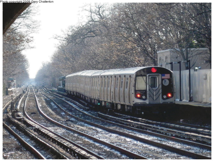 (181k, 820x620)<br><b>Country:</b> United States<br><b>City:</b> New York<br><b>System:</b> New York City Transit<br><b>Line:</b> BMT Brighton Line<br><b>Location:</b> Avenue H <br><b>Route:</b> Q<br><b>Car:</b> R-160B (Option 1) (Kawasaki, 2008-2009)  9022 <br><b>Photo by:</b> Gary Chatterton<br><b>Date:</b> 1/12/2009<br><b>Viewed (this week/total):</b> 0 / 1546