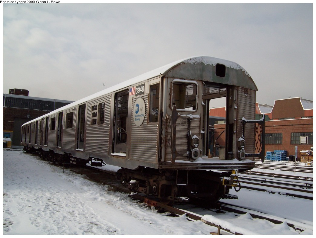 (190k, 1044x788)<br><b>Country:</b> United States<br><b>City:</b> New York<br><b>System:</b> New York City Transit<br><b>Location:</b> 207th Street Yard<br><b>Car:</b> R-32 (Budd, 1964)  3948 <br><b>Photo by:</b> Glenn L. Rowe<br><b>Date:</b> 1/19/2009<br><b>Notes:</b> Scrap<br><b>Viewed (this week/total):</b> 2 / 1367
