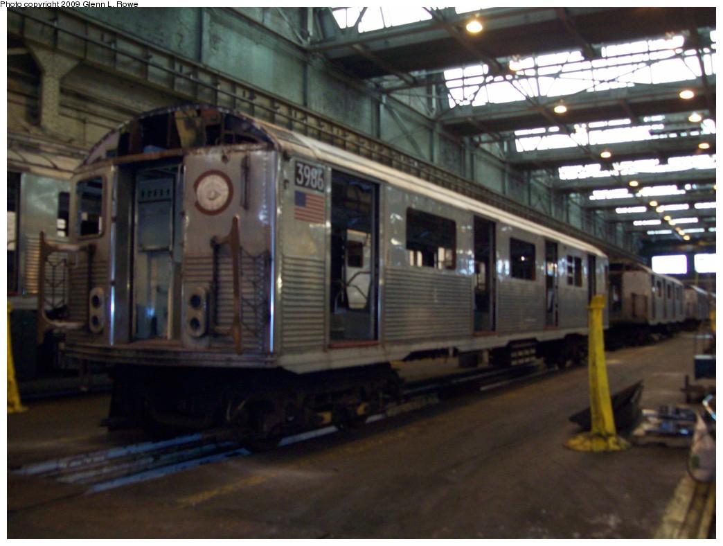 (180k, 1044x788)<br><b>Country:</b> United States<br><b>City:</b> New York<br><b>System:</b> New York City Transit<br><b>Location:</b> 207th Street Shop<br><b>Car:</b> R-38 (St. Louis, 1966-1967)  3986 <br><b>Photo by:</b> Glenn L. Rowe<br><b>Date:</b> 1/19/2009<br><b>Notes:</b> Scrap<br><b>Viewed (this week/total):</b> 0 / 910