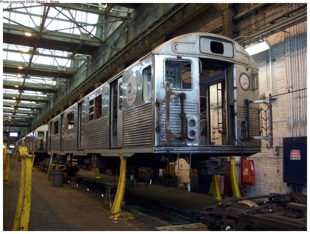 (249k, 1044x788)<br><b>Country:</b> United States<br><b>City:</b> New York<br><b>System:</b> New York City Transit<br><b>Location:</b> 207th Street Shop<br><b>Car:</b> R-38 (St. Louis, 1966-1967)  4090 <br><b>Photo by:</b> Glenn L. Rowe<br><b>Date:</b> 1/19/2009<br><b>Notes:</b> Scrap<br><b>Viewed (this week/total):</b> 1 / 1059