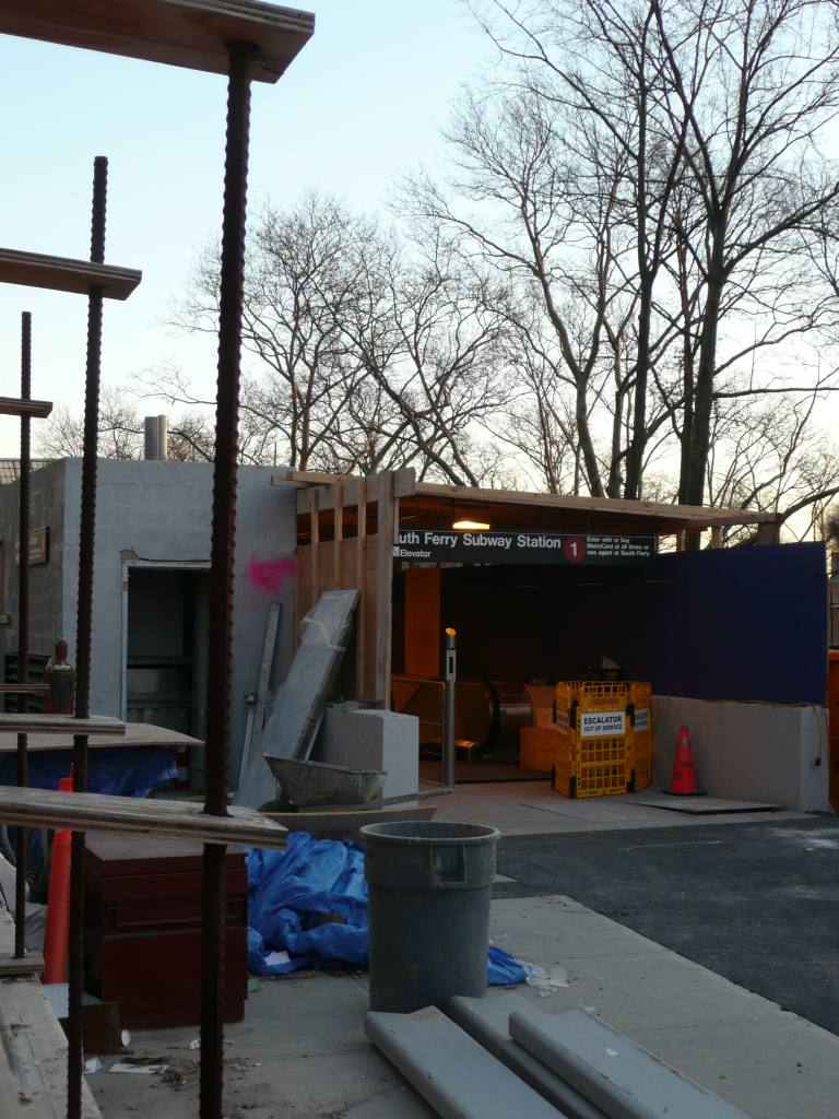 (141k, 768x1024)<br><b>Country:</b> United States<br><b>City:</b> New York<br><b>System:</b> New York City Transit<br><b>Line:</b> IRT West Side Line<br><b>Location:</b> South Ferry (New Station) <br><b>Photo by:</b> Robbie Rosenfeld<br><b>Date:</b> 1/14/2009<br><b>Viewed (this week/total):</b> 0 / 1170