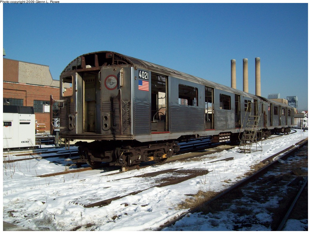 (234k, 1044x788)<br><b>Country:</b> United States<br><b>City:</b> New York<br><b>System:</b> New York City Transit<br><b>Location:</b> 207th Street Yard<br><b>Car:</b> R-38 (St. Louis, 1966-1967)  4021 <br><b>Photo by:</b> Glenn L. Rowe<br><b>Date:</b> 1/22/2009<br><b>Notes:</b> Scrap<br><b>Viewed (this week/total):</b> 4 / 1165