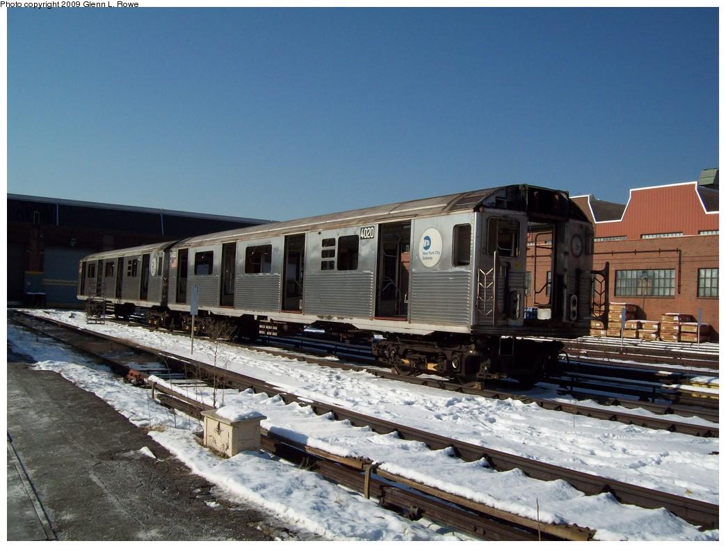 (228k, 1044x788)<br><b>Country:</b> United States<br><b>City:</b> New York<br><b>System:</b> New York City Transit<br><b>Location:</b> 207th Street Yard<br><b>Car:</b> R-38 (St. Louis, 1966-1967)  4020 <br><b>Photo by:</b> Glenn L. Rowe<br><b>Date:</b> 1/22/2009<br><b>Notes:</b> Scrap<br><b>Viewed (this week/total):</b> 1 / 932