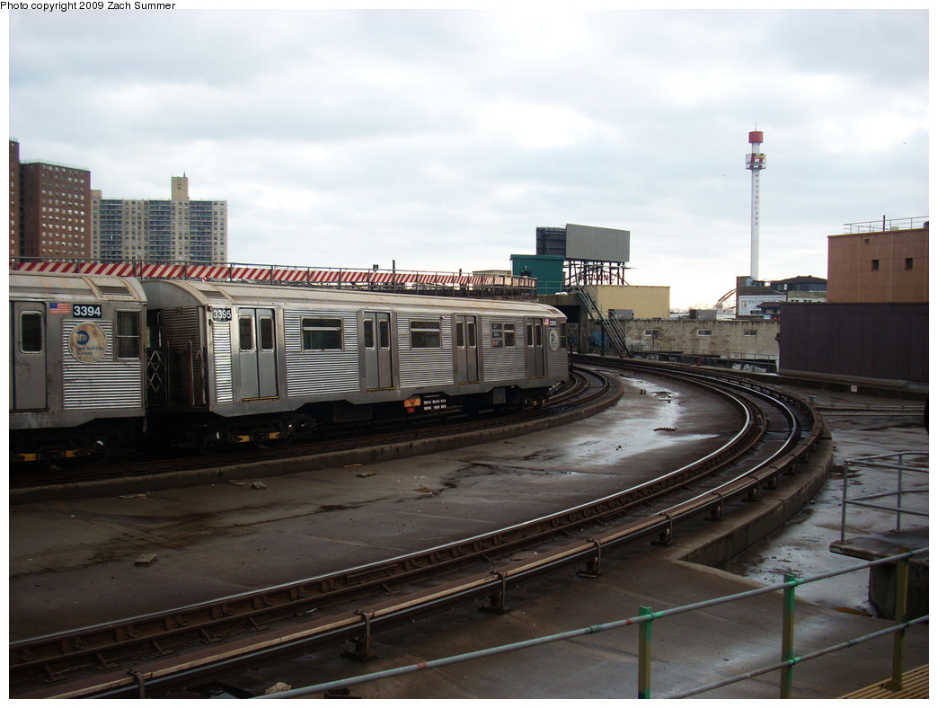 (228k, 1044x788)<br><b>Country:</b> United States<br><b>City:</b> New York<br><b>System:</b> New York City Transit<br><b>Location:</b> Coney Island/Stillwell Avenue<br><b>Route:</b> F<br><b>Car:</b> R-32 (Budd, 1964)  3395 <br><b>Photo by:</b> Zach Summer<br><b>Date:</b> 12/28/2008<br><b>Viewed (this week/total):</b> 1 / 1423