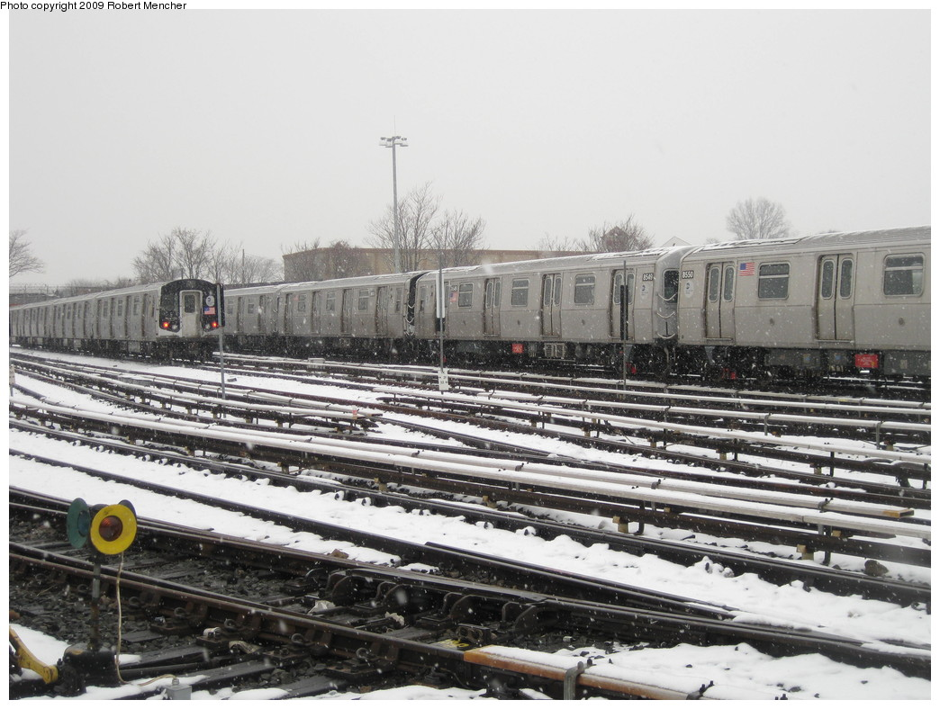 (230k, 1044x788)<br><b>Country:</b> United States<br><b>City:</b> New York<br><b>System:</b> New York City Transit<br><b>Location:</b> East New York Yard/Shops<br><b>Car:</b> R-160A-1 (Alstom, 2005-2008, 4 car sets)  8549 <br><b>Photo by:</b> Robert Mencher<br><b>Date:</b> 1/19/2009<br><b>Viewed (this week/total):</b> 0 / 894