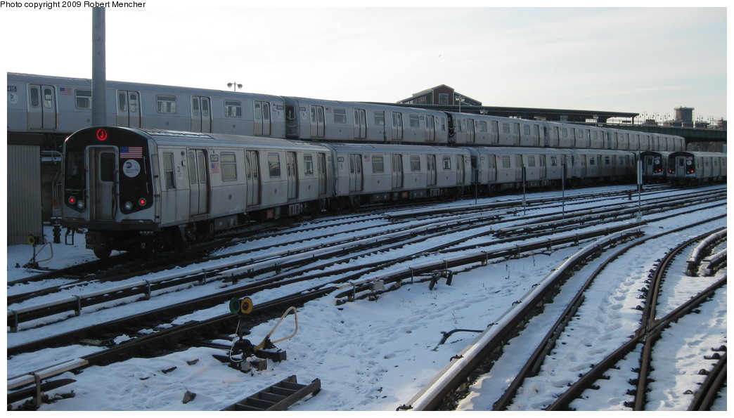 (179k, 1044x595)<br><b>Country:</b> United States<br><b>City:</b> New York<br><b>System:</b> New York City Transit<br><b>Location:</b> East New York Yard/Shops<br><b>Car:</b> R-160A-1 (Alstom, 2005-2008, 4 car sets)  8437 etc/8416 etc <br><b>Photo by:</b> Robert Mencher<br><b>Date:</b> 1/20/2009<br><b>Viewed (this week/total):</b> 0 / 1415