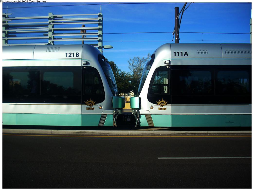 (221k, 1044x788)<br><b>Country:</b> United States<br><b>City:</b> Phoenix/Tempe, AZ<br><b>System:</b> Valley Metro <br><b>Location:</b> Apache/Dorsey (Tempe) <br><b>Car:</b>  121/111 <br><b>Photo by:</b> Zach Summer<br><b>Date:</b> 1/11/2009<br><b>Viewed (this week/total):</b> 0 / 504