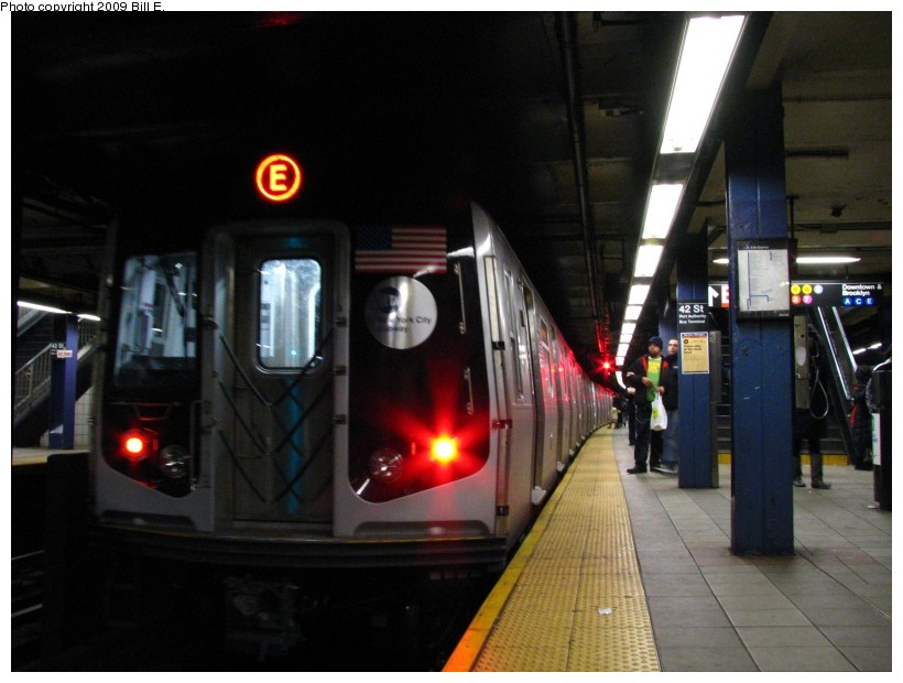 (112k, 820x620)<br><b>Country:</b> United States<br><b>City:</b> New York<br><b>System:</b> New York City Transit<br><b>Line:</b> IND 8th Avenue Line<br><b>Location:</b> 42nd Street/Port Authority Bus Terminal <br><b>Route:</b> E<br><b>Car:</b> R-160A (Option 1) (Alstom, 2008-2009, 5 car sets)  9268 <br><b>Photo by:</b> Bill E.<br><b>Date:</b> 1/17/2009<br><b>Viewed (this week/total):</b> 1 / 2747
