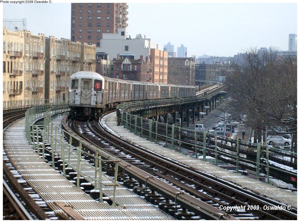 (358k, 1044x776)<br><b>Country:</b> United States<br><b>City:</b> New York<br><b>System:</b> New York City Transit<br><b>Line:</b> IRT West Side Line<br><b>Location:</b> Dyckman Street <br><b>Route:</b> 1<br><b>Car:</b> R-62A (Bombardier, 1984-1987)   <br><b>Photo by:</b> Oswaldo C.<br><b>Date:</b> 1/13/2009<br><b>Viewed (this week/total):</b> 2 / 1704