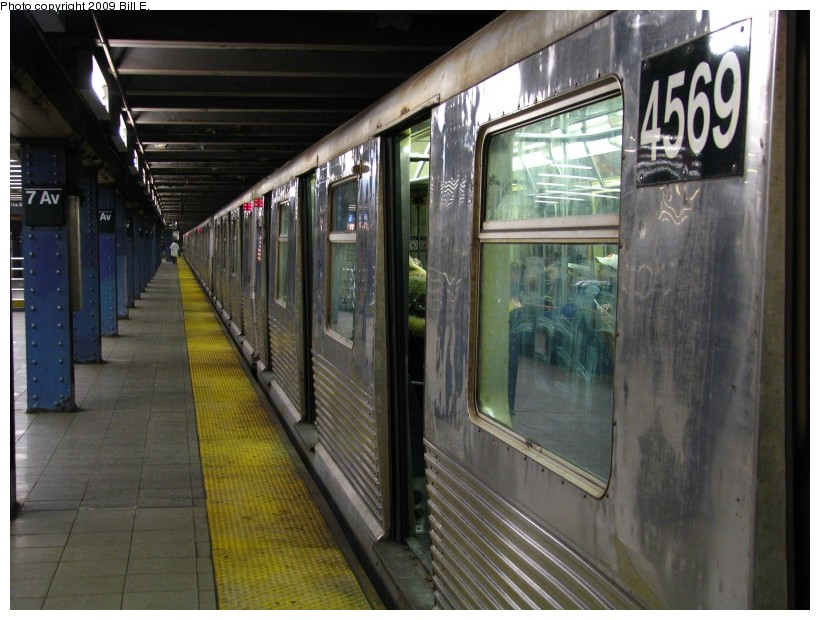 (139k, 820x620)<br><b>Country:</b> United States<br><b>City:</b> New York<br><b>System:</b> New York City Transit<br><b>Line:</b> IND Queens Boulevard Line<br><b>Location:</b> 7th Avenue/53rd Street <br><b>Route:</b> E<br><b>Car:</b> R-42 (St. Louis, 1969-1970)  4569 <br><b>Photo by:</b> Bill E.<br><b>Date:</b> 12/29/2008<br><b>Viewed (this week/total):</b> 1 / 1543