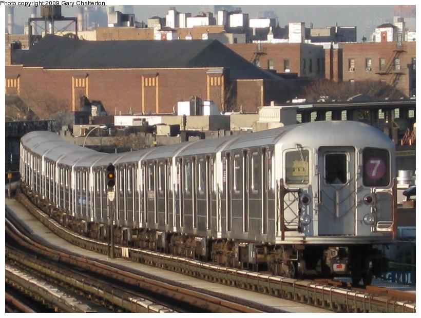 (154k, 820x620)<br><b>Country:</b> United States<br><b>City:</b> New York<br><b>System:</b> New York City Transit<br><b>Line:</b> IRT Flushing Line<br><b>Location:</b> 52nd Street/Lincoln Avenue <br><b>Route:</b> 7<br><b>Car:</b> R-62A (Bombardier, 1984-1987)  2071 <br><b>Photo by:</b> Gary Chatterton<br><b>Date:</b> 12/4/2008<br><b>Viewed (this week/total):</b> 0 / 1181