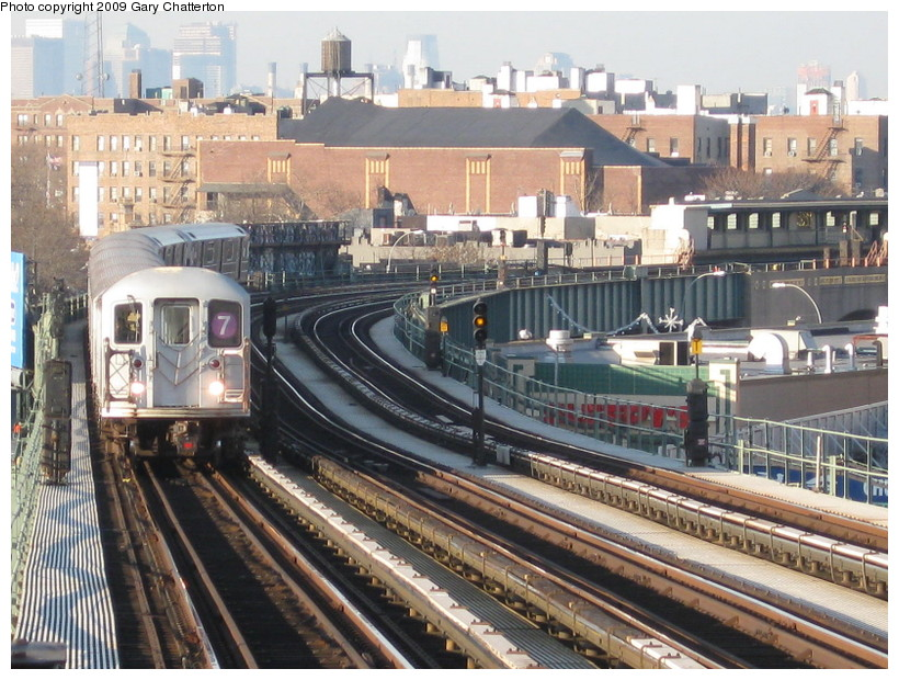 (184k, 820x620)<br><b>Country:</b> United States<br><b>City:</b> New York<br><b>System:</b> New York City Transit<br><b>Line:</b> IRT Flushing Line<br><b>Location:</b> 52nd Street/Lincoln Avenue <br><b>Route:</b> 7<br><b>Car:</b> R-62A (Bombardier, 1984-1987)  2139 <br><b>Photo by:</b> Gary Chatterton<br><b>Date:</b> 12/4/2008<br><b>Viewed (this week/total):</b> 1 / 1389