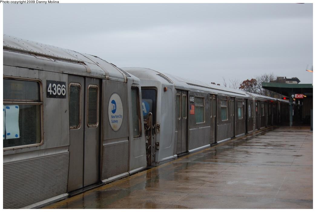 (197k, 1044x701)<br><b>Country:</b> United States<br><b>City:</b> New York<br><b>System:</b> New York City Transit<br><b>Line:</b> IND Rockaway<br><b>Location:</b> Mott Avenue/Far Rockaway <br><b>Route:</b> A<br><b>Car:</b> R-40 (St. Louis, 1968)  4449 <br><b>Photo by:</b> Danny Molina<br><b>Date:</b> 11/12/2008<br><b>Viewed (this week/total):</b> 1 / 1390