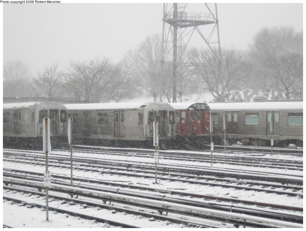 (212k, 1044x788)<br><b>Country:</b> United States<br><b>City:</b> New York<br><b>System:</b> New York City Transit<br><b>Location:</b> East New York Yard/Shops<br><b>Car:</b> R-42 (St. Louis, 1969-1970)  4794 <br><b>Photo by:</b> Robert Mencher<br><b>Date:</b> 2/3/2009<br><b>Notes:</b> With R26 7771<br><b>Viewed (this week/total):</b> 0 / 1216