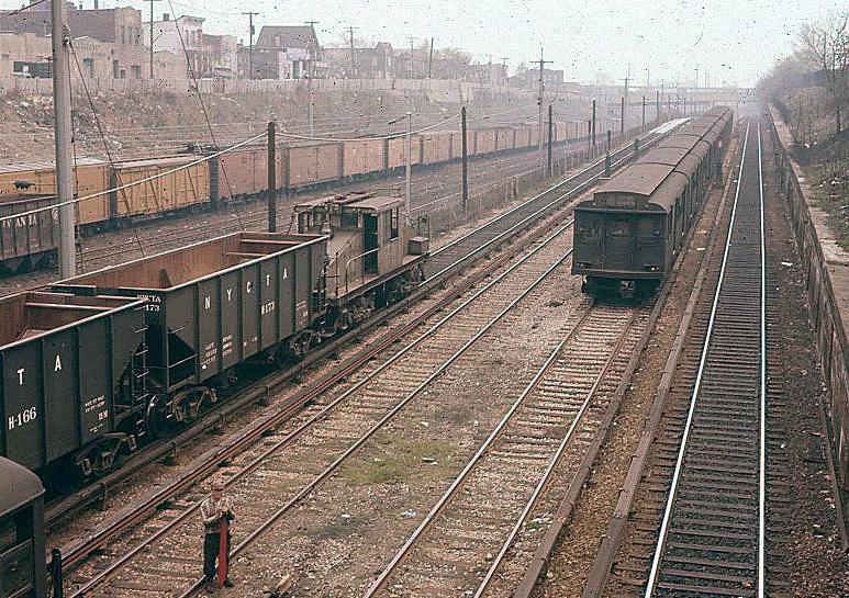 (184k, 797x539)<br><b>Country:</b> United States<br><b>City:</b> New York<br><b>System:</b> New York City Transit<br><b>Line:</b> BMT Sea Beach Line<br><b>Location:</b> Fort Hamilton Parkway <br><b>Car:</b> BMT A/B-Type Standard 2093 <br><b>Photo by:</b> Joel Shanus<br><b>Viewed (this week/total):</b> 0 / 1332