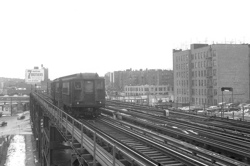 (317k, 804x768)<br><b>Country:</b> United States<br><b>City:</b> New York<br><b>System:</b> New York City Transit<br><b>Line:</b> BMT Nassau Street/Jamaica Line<br><b>Location:</b> 160th Street (Demolished) <br><b>Car:</b> R-16 (American Car & Foundry, 1955) 6452 <br><b>Photo by:</b> Joel Shanus<br><b>Viewed (this week/total):</b> 3 / 3777