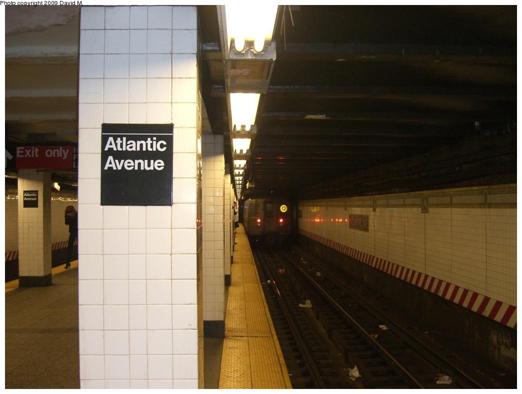 (152k, 1044x788)<br><b>Country:</b> United States<br><b>City:</b> New York<br><b>System:</b> New York City Transit<br><b>Line:</b> BMT Brighton Line<br><b>Location:</b> Atlantic Avenue <br><b>Route:</b> Q<br><b>Car:</b> R-68/R-68A Series (Number Unknown)  <br><b>Photo by:</b> David M. <br><b>Date:</b> 12/28/2008<br><b>Viewed (this week/total):</b> 1 / 1936