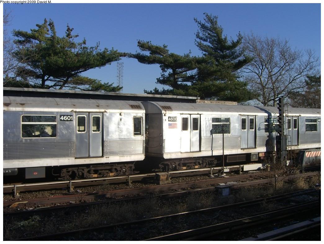 (233k, 1044x788)<br><b>Country:</b> United States<br><b>City:</b> New York<br><b>System:</b> New York City Transit<br><b>Line:</b> IND Rockaway<br><b>Location:</b> Aqueduct/North Conduit Avenue <br><b>Route:</b> A<br><b>Car:</b> R-42 (St. Louis, 1969-1970)  4600 <br><b>Photo by:</b> David M. <br><b>Date:</b> 12/28/2008<br><b>Viewed (this week/total):</b> 0 / 1110