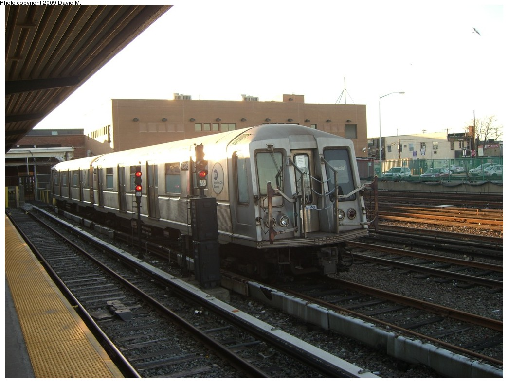 (184k, 1044x788)<br><b>Country:</b> United States<br><b>City:</b> New York<br><b>System:</b> New York City Transit<br><b>Location:</b> Rockaway Park Yard<br><b>Car:</b> R-40 (St. Louis, 1968)  4393 <br><b>Photo by:</b> David M. <br><b>Date:</b> 12/28/2008<br><b>Viewed (this week/total):</b> 1 / 1352