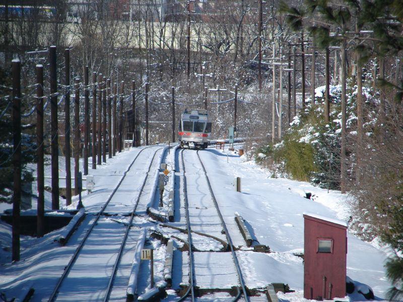 (125k, 800x600)<br><b>Country:</b> United States<br><b>City:</b> Philadelphia, PA<br><b>System:</b> SEPTA (or Predecessor)<br><b>Line:</b> 100-Norristown<br><b>Location:</b> Hughes Park <br><b>Car:</b> SEPTA N-5 LRV (Asea-Brown-Boveri, 1993) 154 <br><b>Photo by:</b> Bob Vogel<br><b>Date:</b> 2/4/2009<br><b>Notes:</b> Northbound having departed Hughes Park station<br><b>Viewed (this week/total):</b> 0 / 848