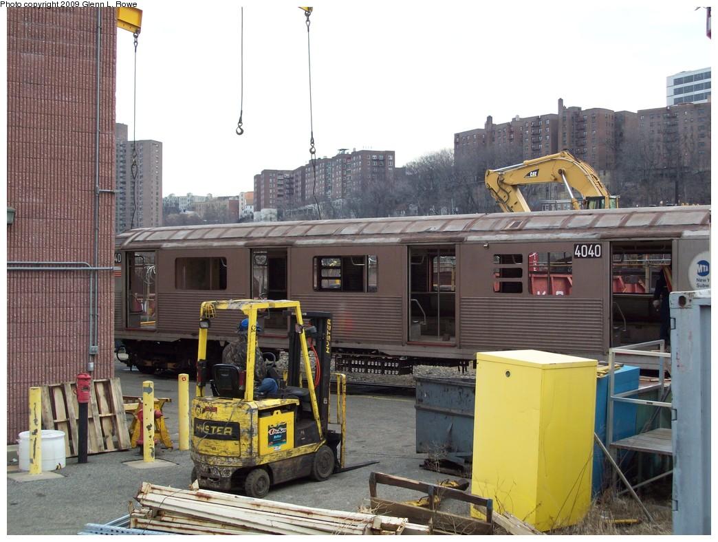 (234k, 1044x788)<br><b>Country:</b> United States<br><b>City:</b> New York<br><b>System:</b> New York City Transit<br><b>Location:</b> 207th Street Yard<br><b>Car:</b> R-38 (St. Louis, 1966-1967)  4040 <br><b>Photo by:</b> Glenn L. Rowe<br><b>Date:</b> 2/26/2009<br><b>Notes:</b> Scrap<br><b>Viewed (this week/total):</b> 0 / 1027