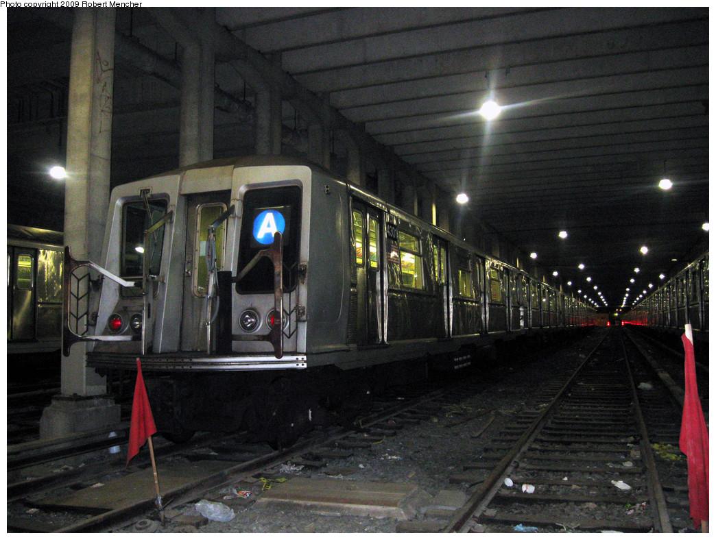 (317k, 1044x788)<br><b>Country:</b> United States<br><b>City:</b> New York<br><b>System:</b> New York City Transit<br><b>Location:</b> Pitkin Yard/Shops<br><b>Car:</b> R-40 (St. Louis, 1968)  4301 <br><b>Photo by:</b> Robert Mencher<br><b>Date:</b> 2/28/2009<br><b>Viewed (this week/total):</b> 0 / 1483